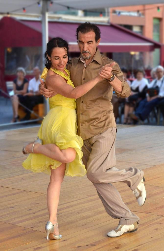 Tango Dancers, Aboodi Shabi, Goaly Blog